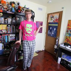 The dashing Hank Green, ladies and gentlemen..I love the republicans for Voldemort sticker in the back