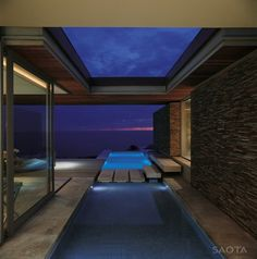 Cove 6 House in Knyzna, South Africa. The team of Stefan Antoni Olmesdahl Truen Architects (SAOTA) designed the Cove 6 house situated in Knyzna, South Outdoor Spaces, Indoor Outdoor, Outdoor Living, Outdoor Pool, Terrasse Design, Moderne Pools, Pool Designs, Luxury Villa, Cabana