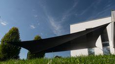 Sonnensegel Soliday M mit einer Beschattungsfläche bis zu 65 m2. Patio, Sun Sails, Solar Shades, Timber Wood