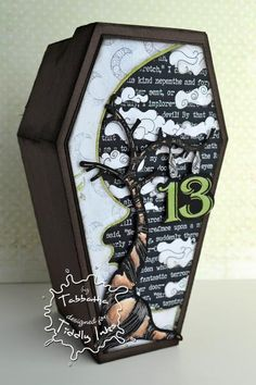 Freaky Friday Coffin Box by aislinnshannara - Cards and Paper Crafts at Splitcoaststampers - Trend Spring Nails Coffin 2019 Halloween Coffin, Halloween Cards, Holidays Halloween, Halloween Decorations, Halloween Ideas, Halloween Graveyard, Halloween Projects, Happy Halloween, Mini Albums