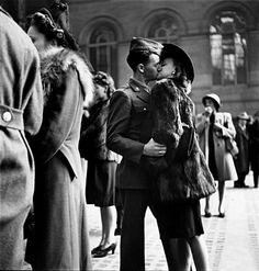 Penn Station, NYC, 1944.