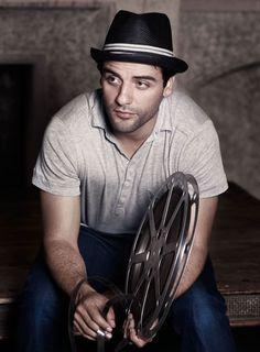 Oscar Isaac by Diego Villasenor.
