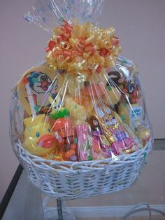 Easter Lauren's Love Expressions Best Gift Baskets, Easter Gift Baskets, Christmas Gift Baskets, Small Gifts, Gifts For Kids, Mothers Day Baskets, Picnic Decorations, Balloon Gift, Hampers