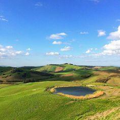 Tuscany or Scotland?  Crete Senesi #siena  #cretesenesi #asciano  #tuscany #landscape #wonderful  Photo credit: @antoncino