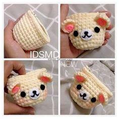 Monedero oso Kawaii Crochet, Cute Crochet, Crochet Crafts, Crochet Projects, Crochet Amigurumi, Crochet Dolls, Crochet Yarn, Crochet Wallet, Crochet Coin Purse