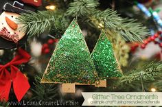 Glitter Tree Homemade Ornaments | LearnCreateLove.com