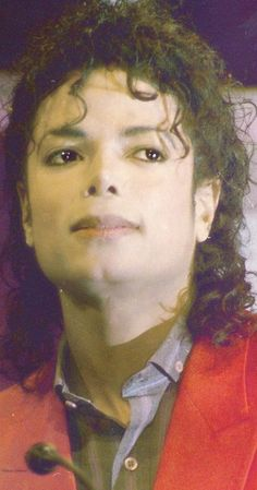 You give me butterflies inside Michael. You Give Me Butterflies, Michael Jackson Bad Era, Jackson Family, King Of Music, The Jacksons, Black Dragon, Love People, Popular Culture, American Singers