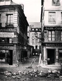 by Charles Marville - Paris 3ème -  4 rue de Breteuil, view taken from rue Reaumur towards rue Vaucanson , 1858-78