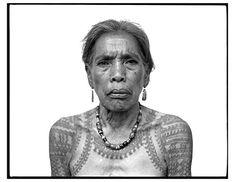 The Last #Tattooed Women of Kalinga #filipinotattooswomen