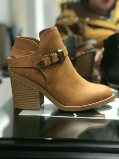 From calm to effectively attractive, attempt on-trend mid-calf footwear with these exclusive designs and looks you will definitely absolutely adore. Heeled Boots, Bootie Boots, Shoe Boots, Shoes Sandals, Ankle Boots, Dress Shoes, Cute Casual Shoes, Cute Shoes, Me Too Shoes