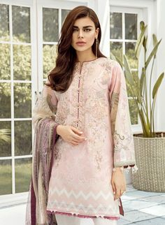✔️*Baroque* Linen with *Chiffon* Dupatta ✔️ *Front* Heavy emb. ✔️Price : ⚠️Swap right to see open pics⚠️ Only @ F&F clothing store💃 ✓✓To order whatsapp us Free delivery all over pakistan days delivery Time🚛🚛 Formal Pants Women, Pants For Women, Clothes For Women, Best Designer Suits, Schwarzkopf Hair, Kids Nightwear, Simple Shirts, 3 Piece Suits, Print Chiffon