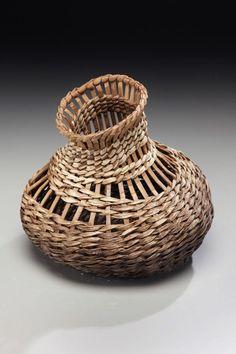 Vasija decorativa  -  decorative vase