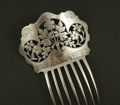 The Closet Historian: Hair Comb History Highlight Silver Combs Vintage Hair Combs, Vintage Hair Accessories, Bridal Accessories, Victorian Hairstyles, Vintage Hairstyles, Scene Hairstyles, Antique Jewelry, Vintage Jewelry, Antique Silver