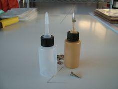 Gutta For Silk Painting – What's the Best Kind to Use? Fabric Painting, Fabric Art, Painting Frames, How To Dye Fabric, Shibori Fabric, Batik Art, Silk Art, Fashion Painting, Mason Jar Lamp