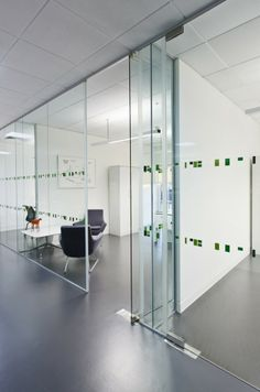 Langland's Windsor Advertising Agency Offices / Jump Studios
