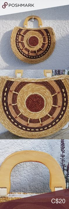 Wozen beaded handbag This wozen beaded handbag is stunning! Circular with wooden handles. Two snap closure Has a little mark inside the bag on the zipper pocket. Plus Fashion, Fashion Tips, Fashion Trends, Wooden Handles, Closure, Zipper, Handbags, Pocket, Check