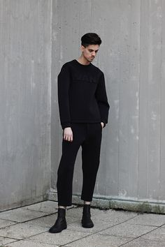 So gutted I missed out on this Alexander Wang Neoprene Sweat. Looks perfect with the tailored trousers.