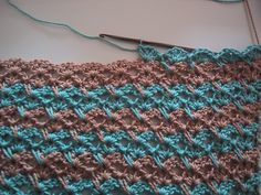 Very pretty pattern for a blanket or scarf