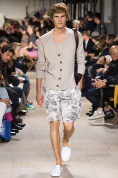 Hermès Spring 2015 Menswear Collection Slideshow on Style.com