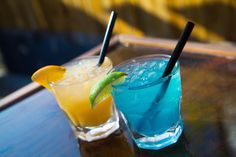 @southsidetavern is celebrating NAU graduation in style with our local Flagstaff spirits! Check out their Blue and Gold Graduation Specials! Blue Drank: Made with our award winning Desert Rain Gin. Yellow Drank: Made with our world famous Prickly Pear Vodka. - - #NAU #flagstaff #naugraduation #naugrad #northernarizona #northernarizonauniversity #grandcanyon #sedona #downtownflagstaff #southsidetavern #winslow #cottonwood #showlow #pinetop #prescott #payson #phoenix #arizona #az #spirits…