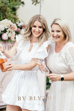 Gold, pinks and bubbly too, this tea time soiree is positively lovely. Glass Conservatory, Tea Party Bridal Shower, Tea Time, Champagne, Flower Girl Dresses, Wedding Dresses, Spring, Lace, Pretty
