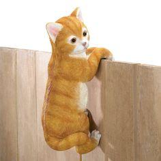 Climbing Cat Decor - ShoppersDelight