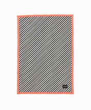 Design Milk (@Design Milk) says: I love this striped blanket, but I think the best part is the trim.