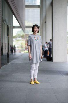 SHENTONISTA: Simplicity. Elisa, Finance. Shoes from Flossy Style. #shentonista #theuniform #singapore #fashion #streetystyle #style #ootd #sgootd #ootdsg #wiwt #popular #people #male #female #womenswear #menswear #sgstyle #cbd #FlossyStyle