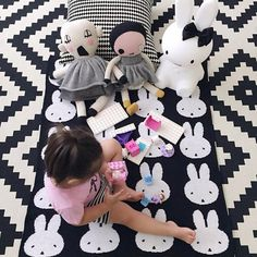 Sweet miffy wallpaper nijntje behang miffy wallpaper in grey and taupe colours design dick - Miffy lamp usa ...