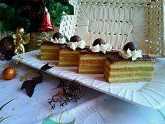 Medovníkové rezy s vínovým krémom (fotorecept) - Recept Dairy, Cheese, Cake, Food, Anna, Bohemian, Kuchen, Essen, Meals