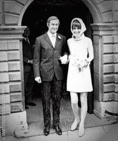 Consejo de moda: vestidos años 60- www.webnovias.com