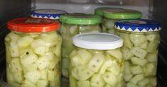 Senfgurken im  Dampfgarer einkochen            Vorbereitung :    Alles was zum Einkochen benötigt wird muss absolut sauber sein. Die Gläser ... Kitchen Gifts, Dutch Oven, Steamer, Preserves, Pickles, Cucumber, Brunch, Food, Chutney