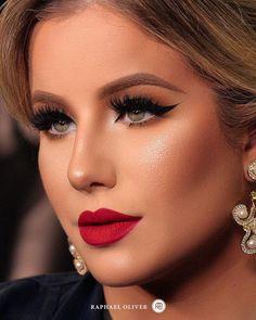 Gorgeous Makeup: Tips and Tricks With Eye Makeup and Eyeshadow – Makeup Design Ideas Gorgeous Makeup, Love Makeup, Makeup Looks, Makeup Style, Natural Eye Makeup, Smokey Eye Makeup, Wedding Hair And Makeup, Bridal Makeup, Spring Eye Makeup