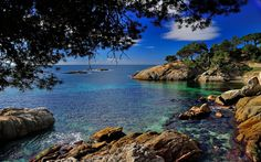 Be one of only16 #travelers that will join a #uniquetrip to discover the amazing #CostaBrava bit.ly/17iaGSO