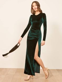 Best dress rentals in Canada. Rent this velvet backless gown from Eco-friendly it-girl brand Reformation. New Years Eve Dresses, Old Dresses, Nice Dresses, Prom Dresses, Best Party Dresses, Holiday Party Dresses, Party Gowns, Dusty Pink Bridesmaid Dresses, Backless Gown