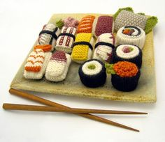 Makes me want sushi...  Really cute and very talented creator!