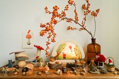 Nov 17, 2016 - In most nursery and early-years classroomsin the Netherlands you will find a corner set up to celebrate the seasons.In autumnit will be decorated with leaves, nuts and mushrooms, and children are welcome to play with it and decorate it with things they have found in nature. AlsoI grew up with the concept of 'the se…