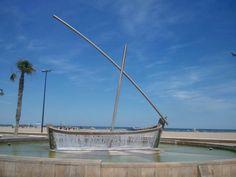 Una fontana sul lungomare della Playa de la Malvarrosa. #Valencia