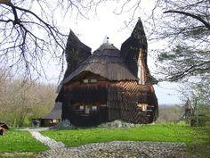 Owl House by Imre Makovecz, Hungary