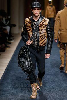 http://www.style.com/slideshows/fashion-shows/spring-2016-menswear/balmain/collection/44