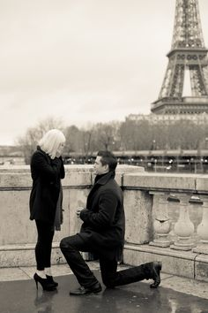 A New Year's Eve Proposal At The Eiffel Tower – Paris Engagement Photography
