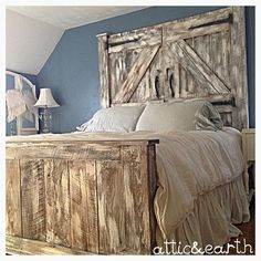 This barn door headboard and footboard are handcrafted with a distressed painted finish. The price listed is for a king size bed and prices may vary depending on size, style, finish, and wood type preferred. Please note that every bed is made to order and may appear different from the picture shown. Please message us for further details if you are interested in purchasing this custom bed. Custom orders are encouraged, if you have something else in mind, please message us! ***Shipping is not…