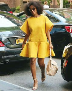 Solange Knowles isn't scared to push the envelope in regards to fashion. Flawless photo-taker Solange Knowles has an exact particular aesthetic, which explains why she's so choosy in re… African Dresses For Women, African Wear, African Fashion Dresses, African Women, Solange Knowles, Chic Outfits, Fashion Outfits, Womens Fashion, Fashion Styles