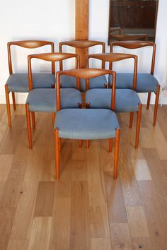 Set of 6 Kai Lyngfeldt-Larsen teak dining chairs c.1957