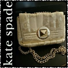 Kate Spade NY Crossbody Chain Bag Kate Spade Signature Purse in Elegant Gold Chain Style, Adjustable Chain Can be Crossbody Bag or Convert to Shoulder Bag, Metallic Canvas with Fabric Lining, Slip Pocket Inside, Gold Hardware   Approx Size 7 x 5 x 2 inches, Strap Drop 38 inches, Mint Condition kate spade Bags