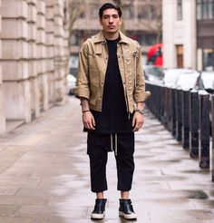 matsjxlianhummels:  Hector Bellerin attends the  J.W. Anderson show  during London Fashion Week Mens January 2017 collections at Yeomanry House on January 8 2017 in London England.
