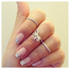 Clear nail polish detailed with simple silver glitter Silver Nail Polish, Clear Nail Polish, Clear Nails, Glitter Tip Nails, Glitter Eyeliner, Silver Glitter, Glitter Beards, Glitter Tattoos, Glitter Balloons