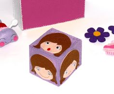 cubo gioco per educare alle emozioni i bambini. Black Bedroom Furniture Sets. Home Design Ideas