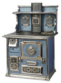 """Bittersweet - October 2017 in Scottsdale, Arizona: 291 Rare American Blue Enamel Ware and Nickel Stove """"Quick Meal"""" Antique Kitchen Stoves, Antique Wood Stove, Vintage Kitchen Appliances, Old Kitchen, How To Antique Wood, Alter Herd, Wood Stove Cooking, Old Stove, Cast Iron Stove"""