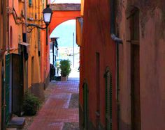 The Road to the Beach in Varigotti on the Italian Riviera - http://www.miomyitaly.com/best-beaches-in-liguria.html